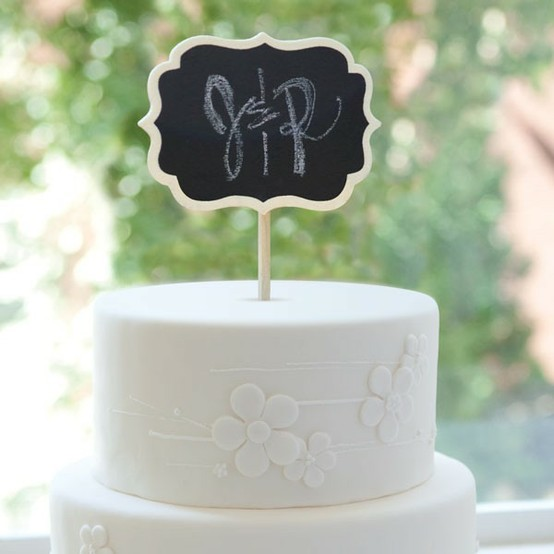 Cake Topper Options for Modern Brides
