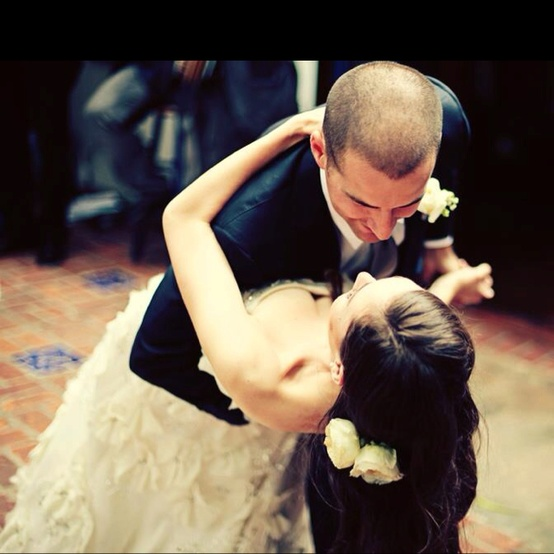Top 8 Romantic Songs for Your First Dance
