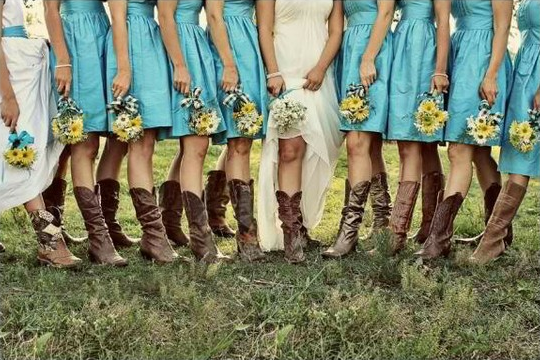 A Creative Western Wedding Feminine And Sweet Wedding Fanatic