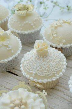 White Lace Design Cupcakes