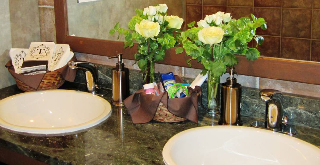 Decorating the Restrooms in Your Reception Venue