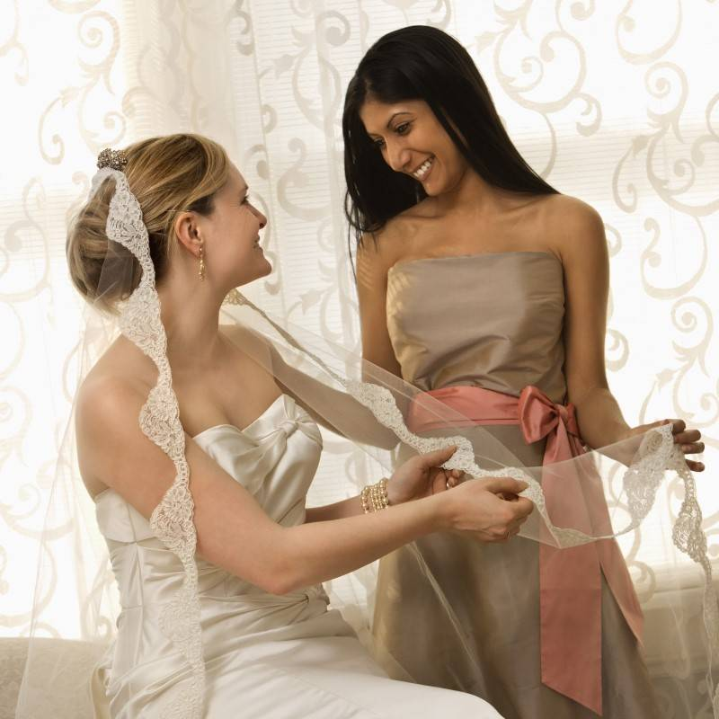 What to do if Your Maid of Honor Doesn't Have a Clue