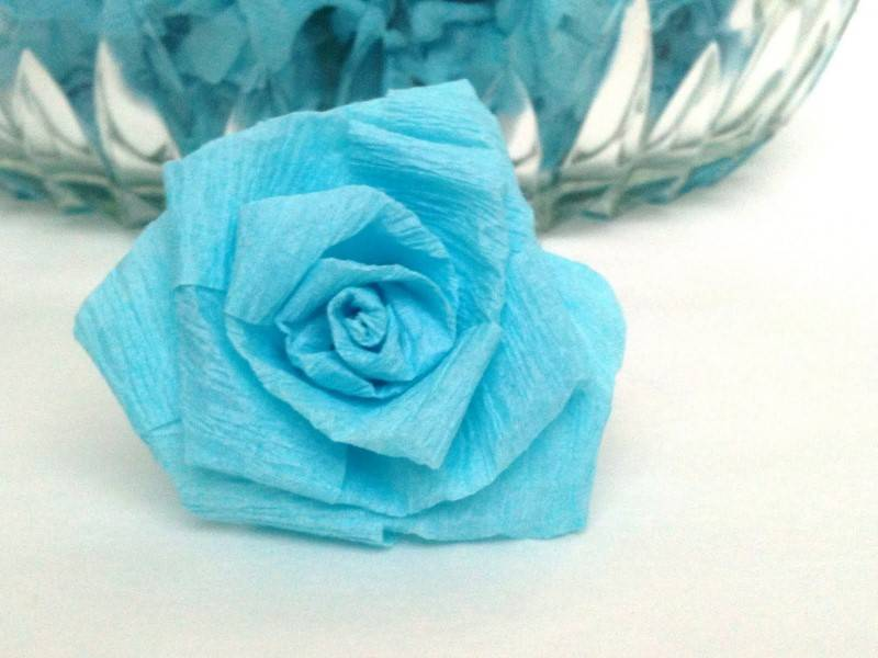 Wedding diy crepe paper flower balls wedding fanatic wedding diy crepe paper flower balls mightylinksfo