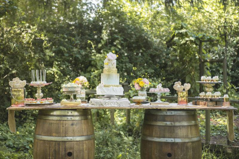 Romance in the Garden   Styled Shoot