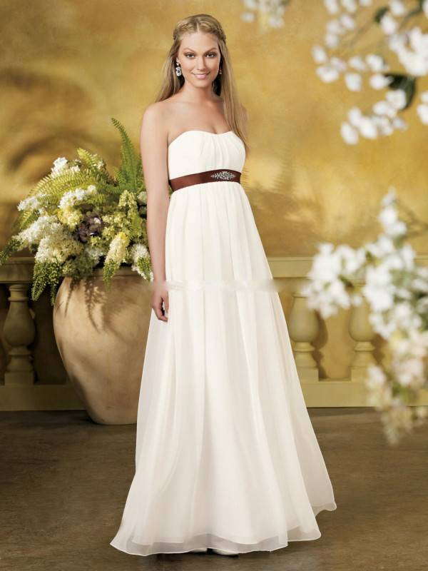 Stunning Wedding Dresses for Pregnant Brides