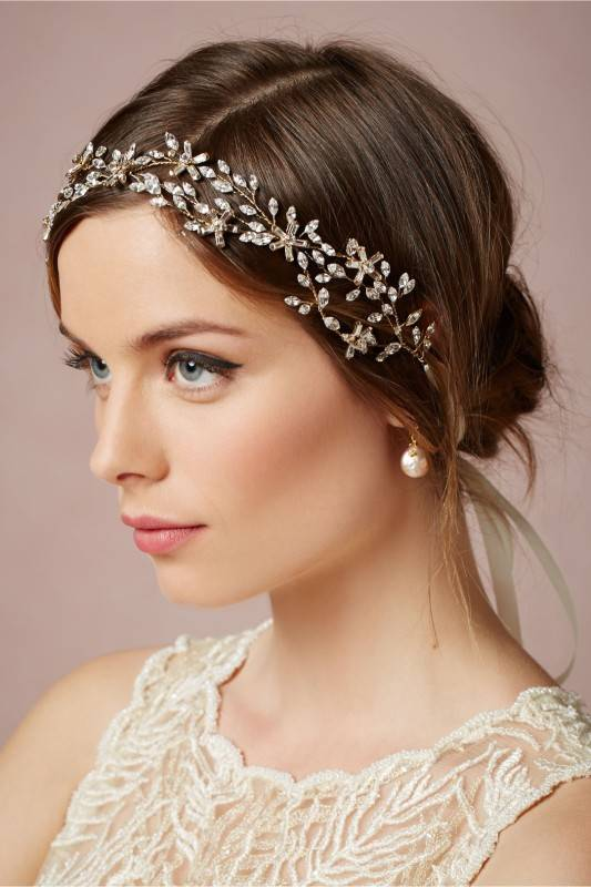 The Newest and Hottest Wedding Accessory: The Floral Wedding Headpiece
