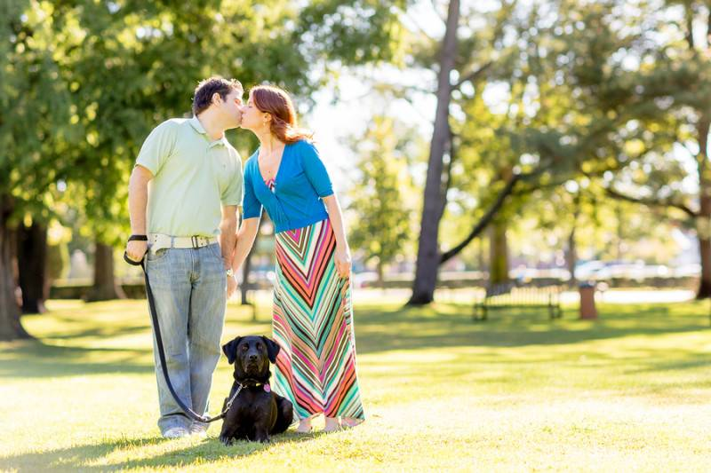 Romantic Walk in the Park   An Engagement Session