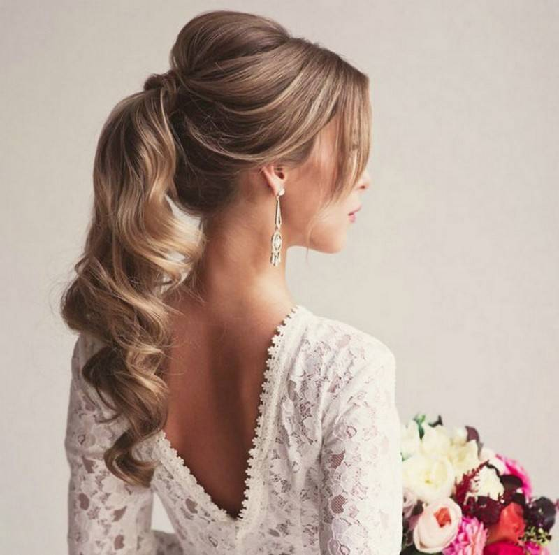 From Casual to Elegant: Brides in Ponytails