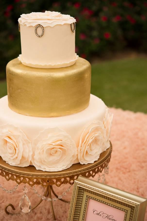 4 Tips for Finding the Perfect Wedding Cake Artist