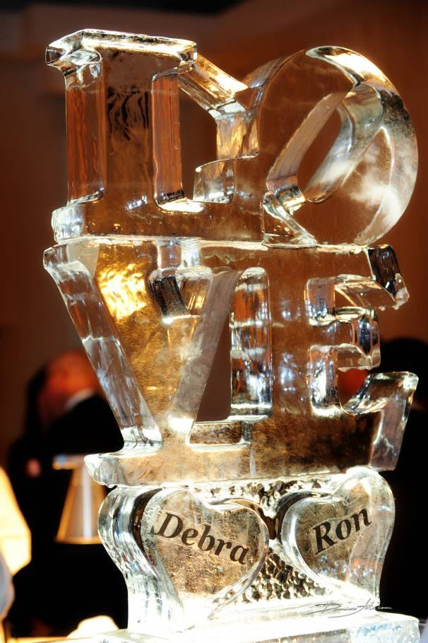 5 Amazing Wedding Ice Sculptures That Will Inspire You