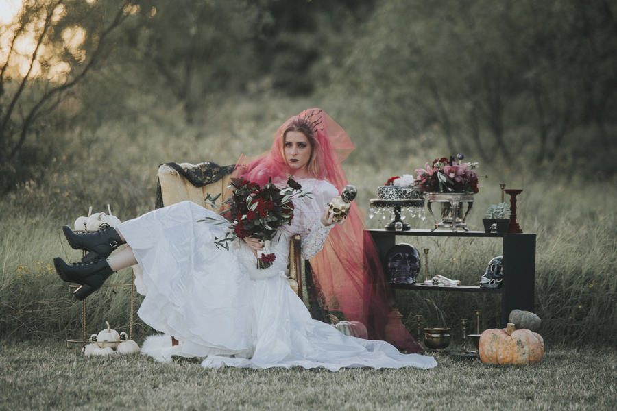 Native American Wedding Dresses 98 Lovely Spooky Bridals Halloween inspired