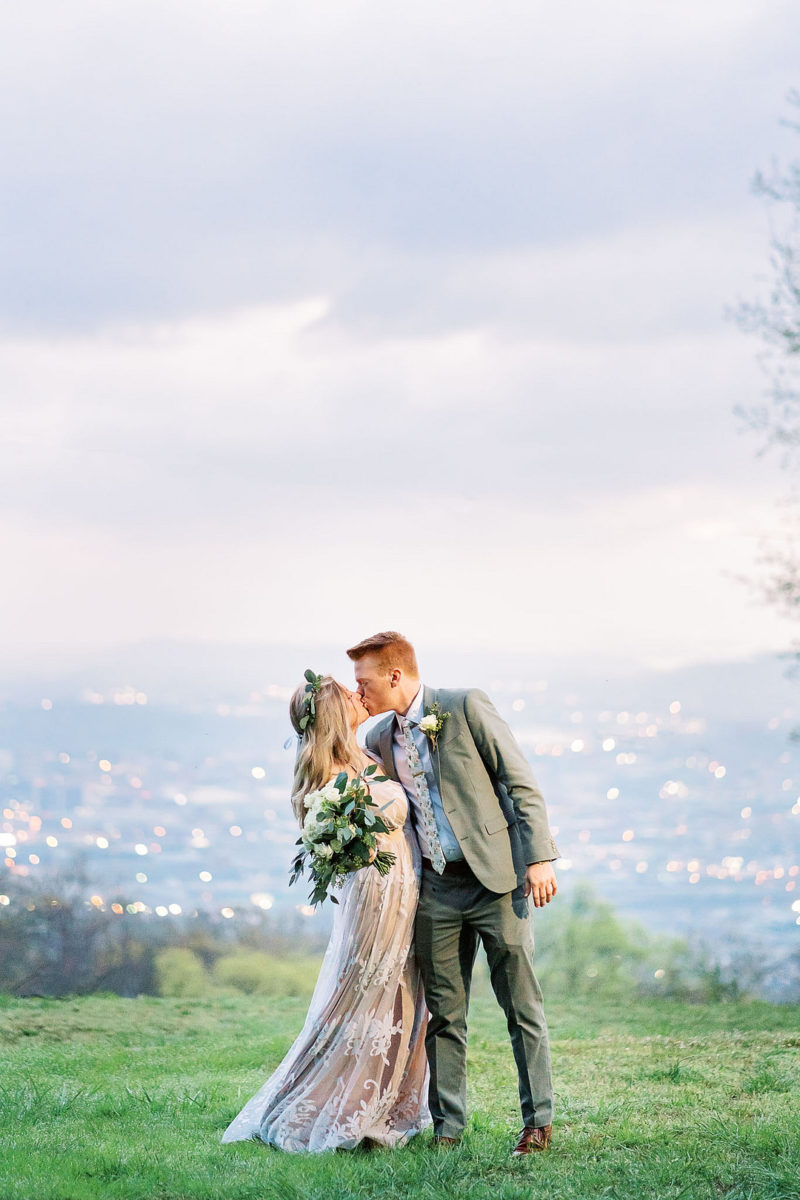 Dawn Elopement On Lookout Mountain