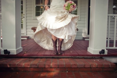 3 Country Themed Wedding Ideas