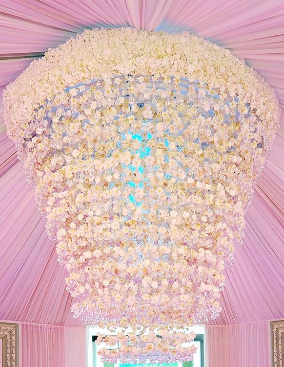 8 Extravagant Wedding Photos That Will Leave Brides to Be Drooling