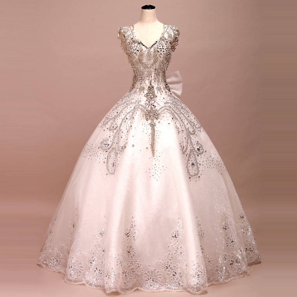 5 Beautiful Sparkling Wedding Dresses Wedding Fanatic