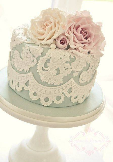 5 Elegant Wedding Shower Cakes