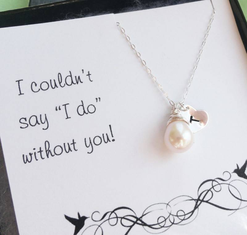 Creative Ways to Pop the Question to a Potential Bridesmaid