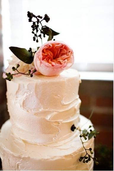 Rustic and Artistic Wedding Cake