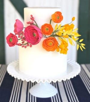 Simple and Colorful Wedding Cake