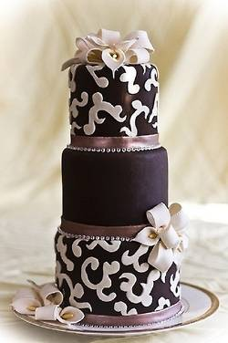 5 Stunning Chocolate Wedding Cakes