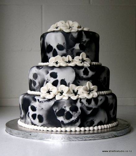 Halloween Wedding Ideas: Scare Up Some Spooky Wedding Fun