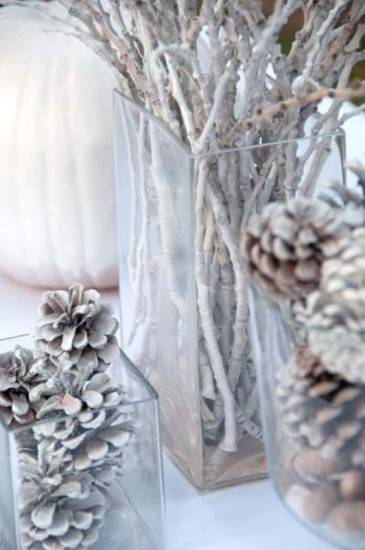 A Stunning Christmas Wedding Theme