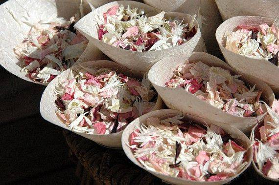 Make Your Own Dried Flower Confetti