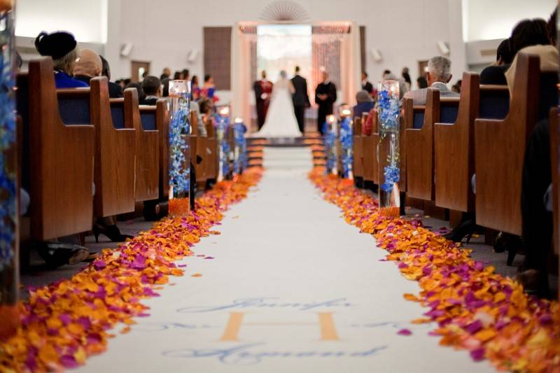 Aisle Inspiration: Beautiful Wedding Aisles